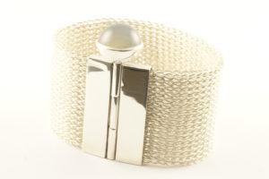 Armband, handgestrickt mit Mondstein